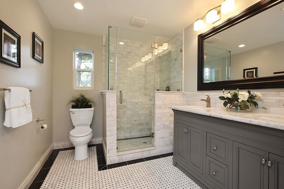 Traditionalmaster Bathroom With Tile Shower Frameless Shower And