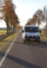 Unsere Fahrzeuge sind für Sie unterwegs, um Ihre Wäsche/Textilien zu transportieren