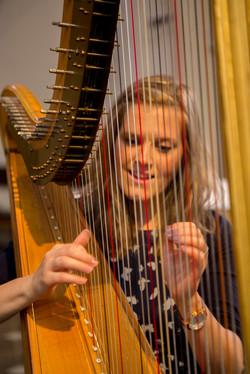 Alexandra Janzen Harfe und Gesang