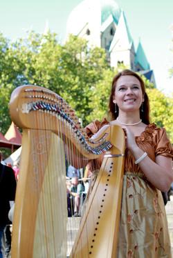 irische Harfe am Mittelaltermarkt
