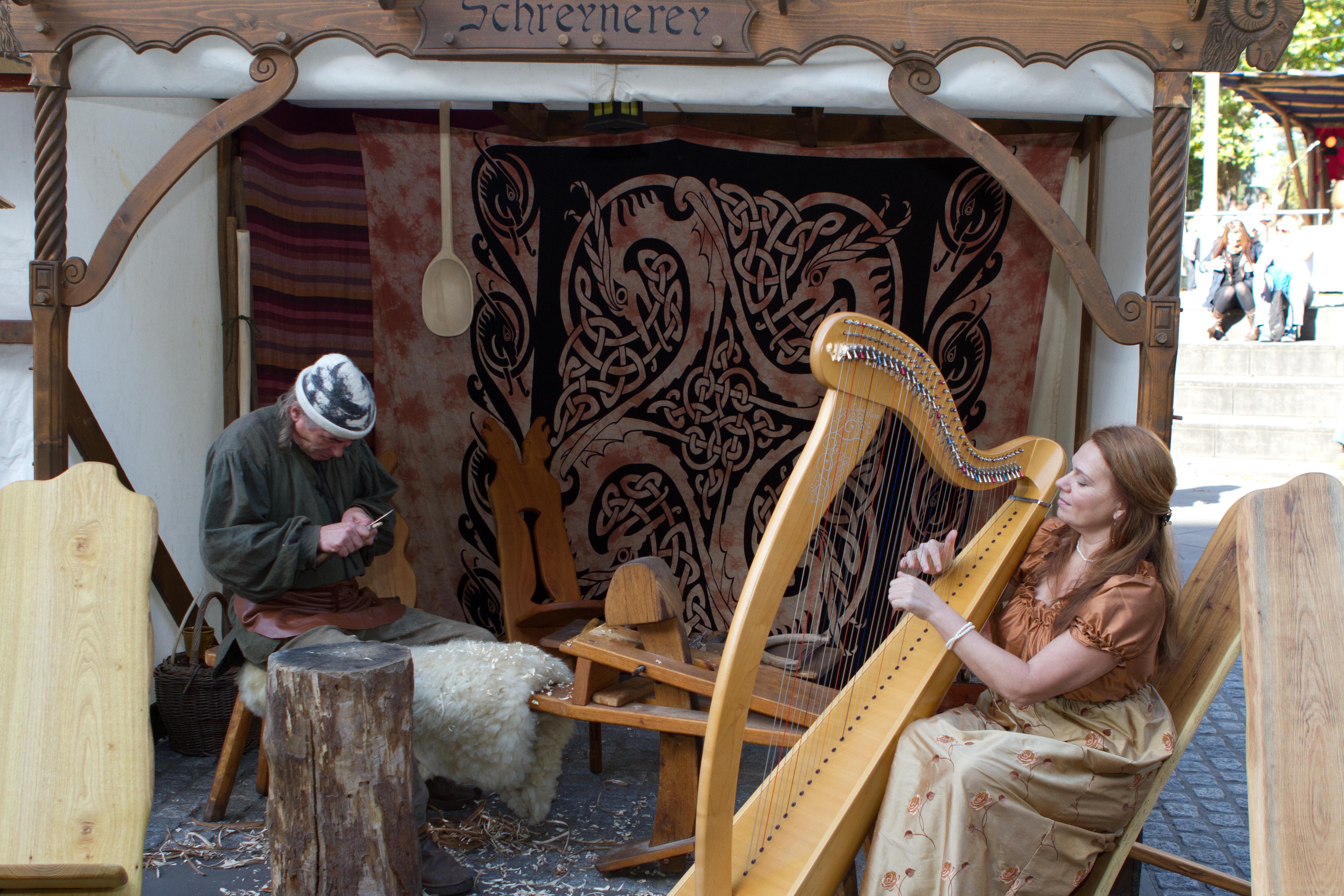 keltische Harfe am Mittelaltermarkt