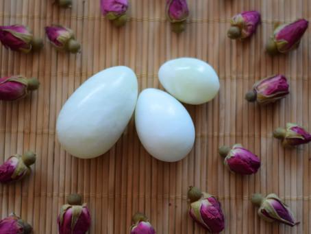 Il Segreto dell'Uovo di Giada: Antiche Pratiche Segrete