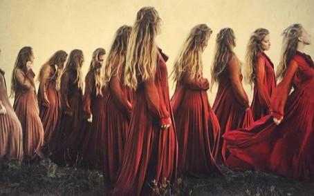5 Agosto Giornata Mondiale: Pianta la tua Luna, onorando il Sacro Femminile.