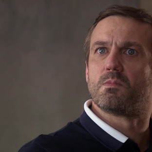 Warren stops at nothing to save himself in Hollyoaks