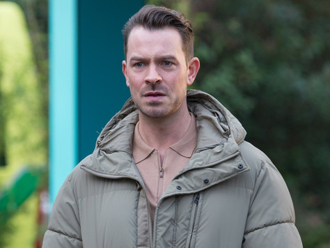 Darren stood up by Nancy in Hollyoaks after realising his feelings for her