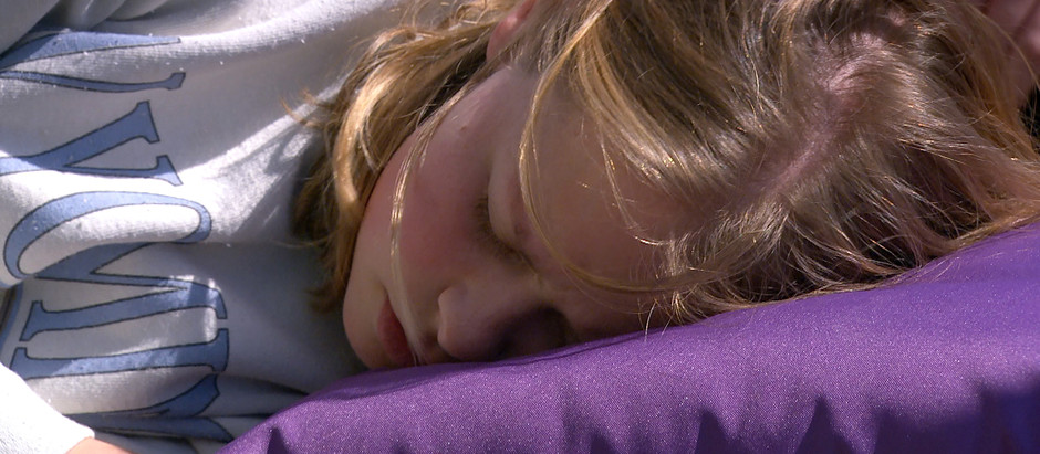 Liv suffers a seizure in Emmerdale as Aaron tries to rescue her