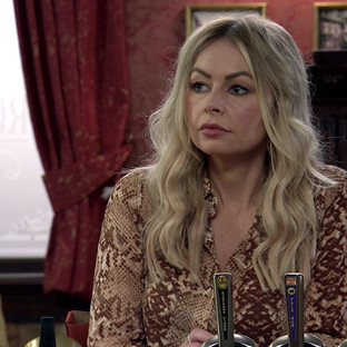 Laura tries to cash in on Kelly's trauma in Corrie