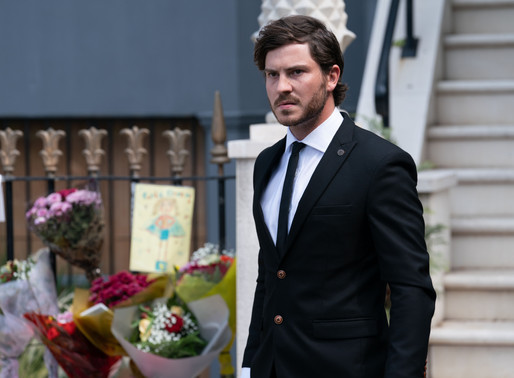 Gray struggles to hold it together in EastEnders