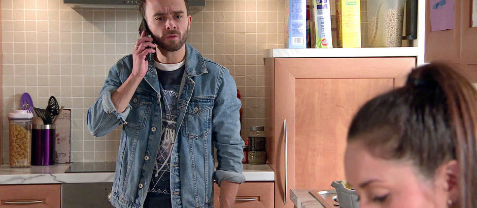 Shona's recent behaviour worries David in Corrie