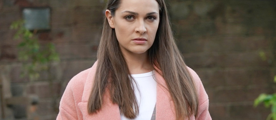 Sienna causes drama at Brody's funeral in Hollyoaks
