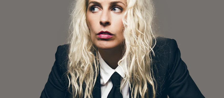 Sara Pascoe to release a podcast alongside her new book