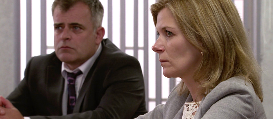 Steve betrays Leanne after judge decides that Oliver's life support should be withdrawn in Corrie
