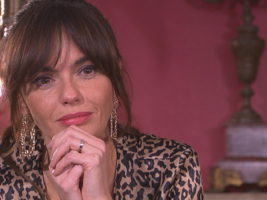 Mercedes fears for her marriage in Hollyoaks as she spends a night in with Romeo
