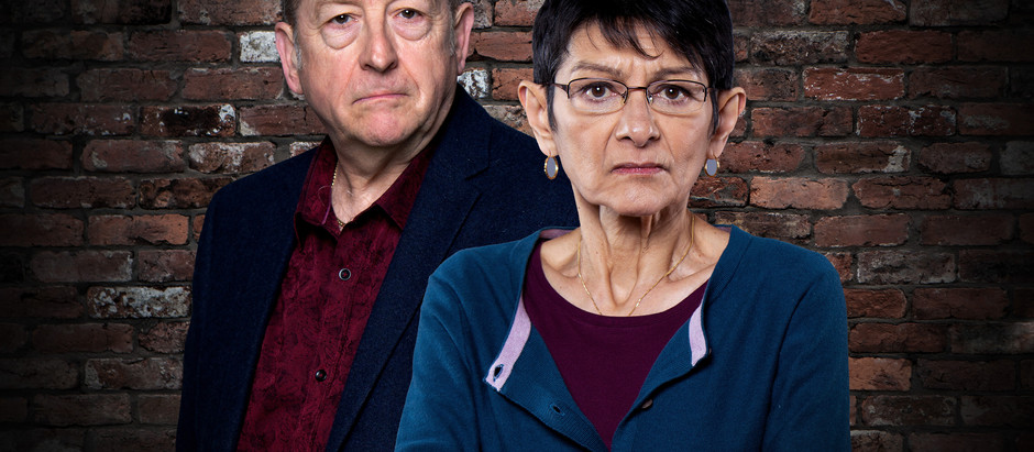 Yasmeen stabs Geoff and leaves him for dead in Corrie