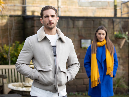 Sienna becomes 'obsessed' with Summer in Hollyoaks as she tries to win Brody back