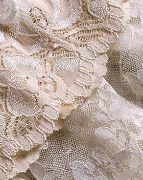 Explore-the-Types-and-Uses-of-Lace-Fabri