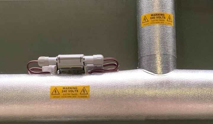 PAROC & Stucco Aluminium over  10XL2 trace heating