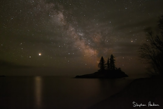 milky way over tombolo