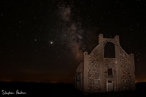 frank schott barn and milky way