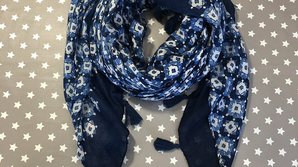 White flowers in blues scarf