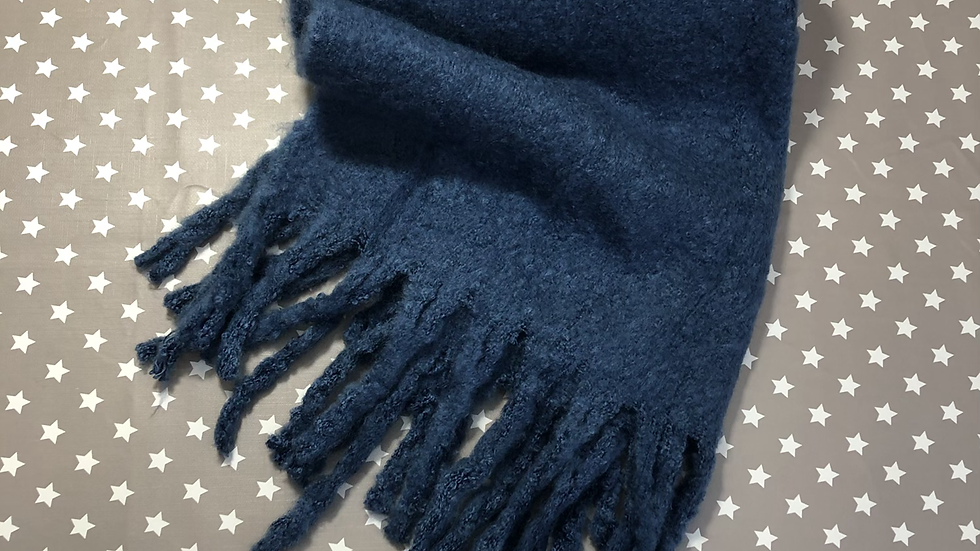 Miss Sparrow dark blue winter scarf