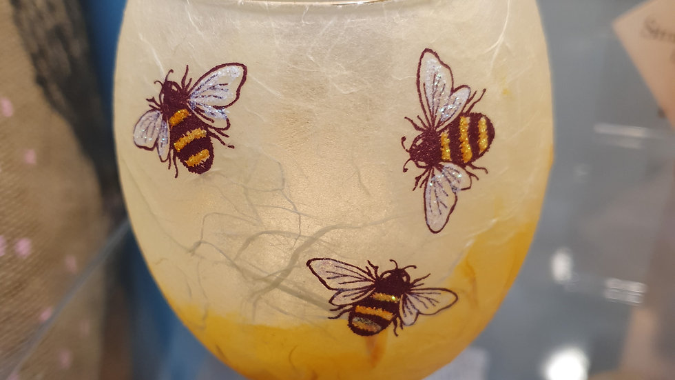 Strawsilk T light Votive Busy Bees
