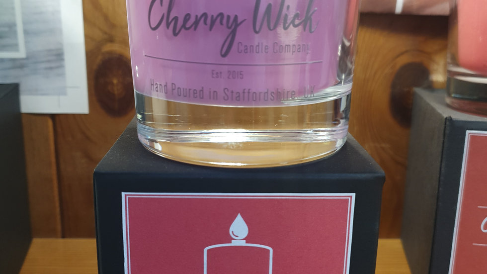 Cherry Wick Candle Strawberry and Rhubarb 30cl