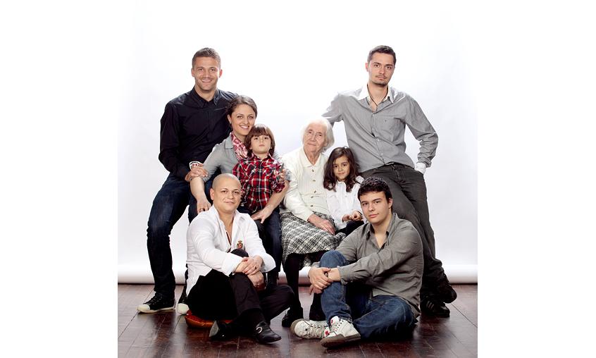 Любимите внуци на баба