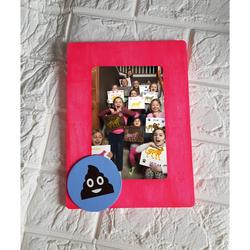 DIY Emoji Frame