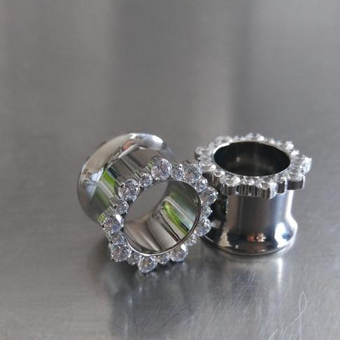 Bijoux de Industrial Strength