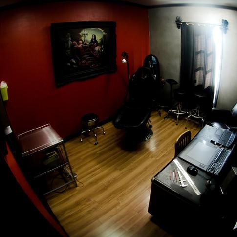 Salle de tatouage de Steve Bolduc Unik Perçage Tatouage