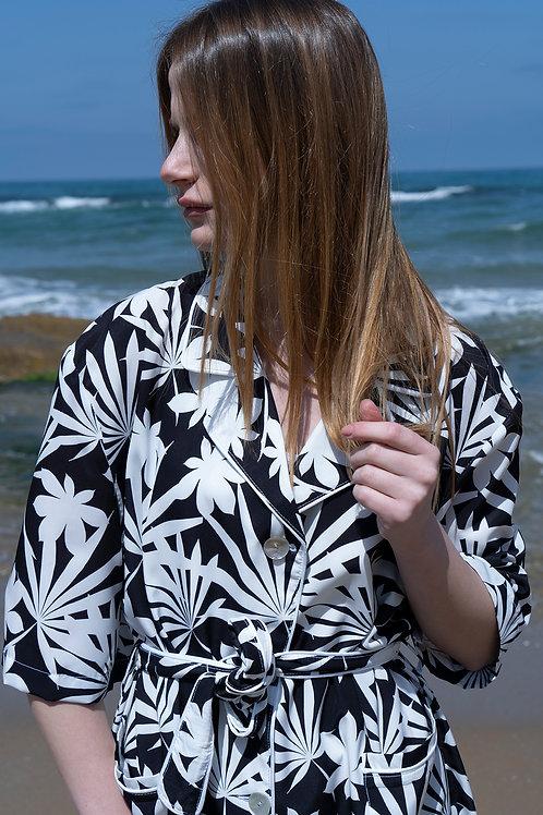 Short Sleeve Black White Tropical Flowers
