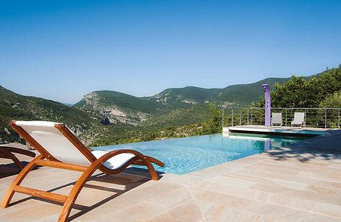 Spa_des_terrasses_piscine.jpg