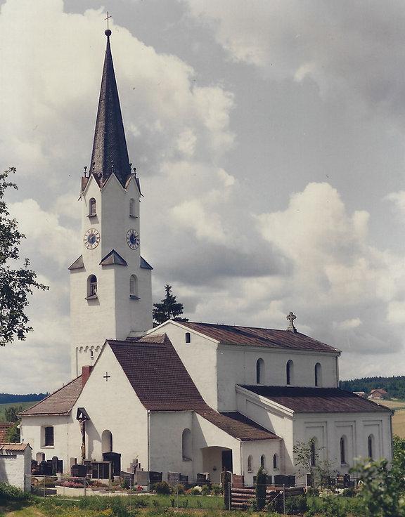 Kirche 1996 ca.jpg
