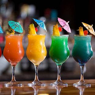 bunte Cocktails.jpg