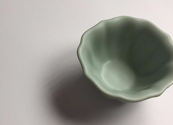 仿汝釉百合茶盞 Ru Type Tea Cup
