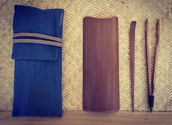 竹茶具 一套三件 A Set of Three Bamboo Tea Tools