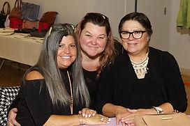 Melanie Tinianov, Joanne Witt, Marlene G
