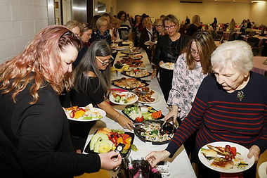 buffet line, Photo by Greg King for Newm