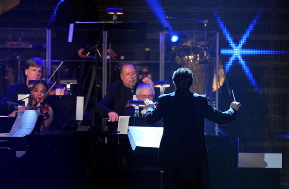 2011 Conducting Streisand Concert .jpg