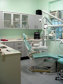 www.odontologiamiasiro.com