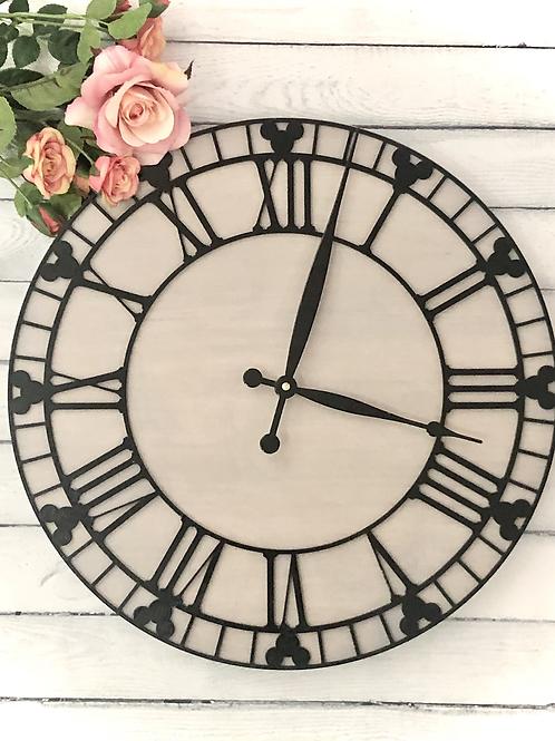 42cm Circle Mouse Detail Wall Clock