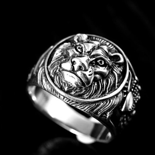 Fingerring LION