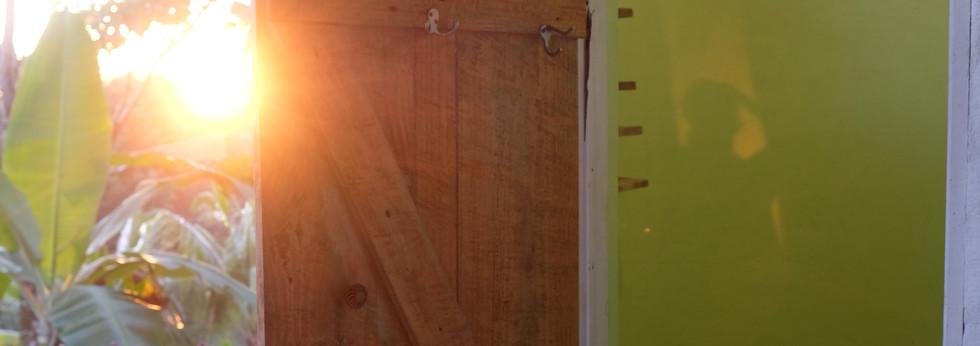 Outside shower, Room 2.1