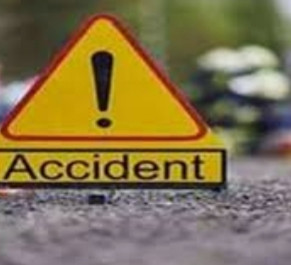 राष्ट्रीय राजमार्ग पर सड़क दुर्घटना में दो की मौत,चार घायल