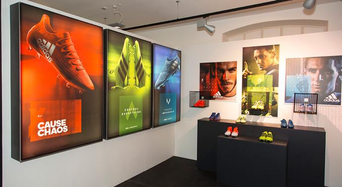 Display-boards-and-lighhtbox-vinylsadida
