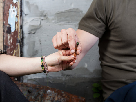 Top 10 Rules of Etiquette For Smoking Weed