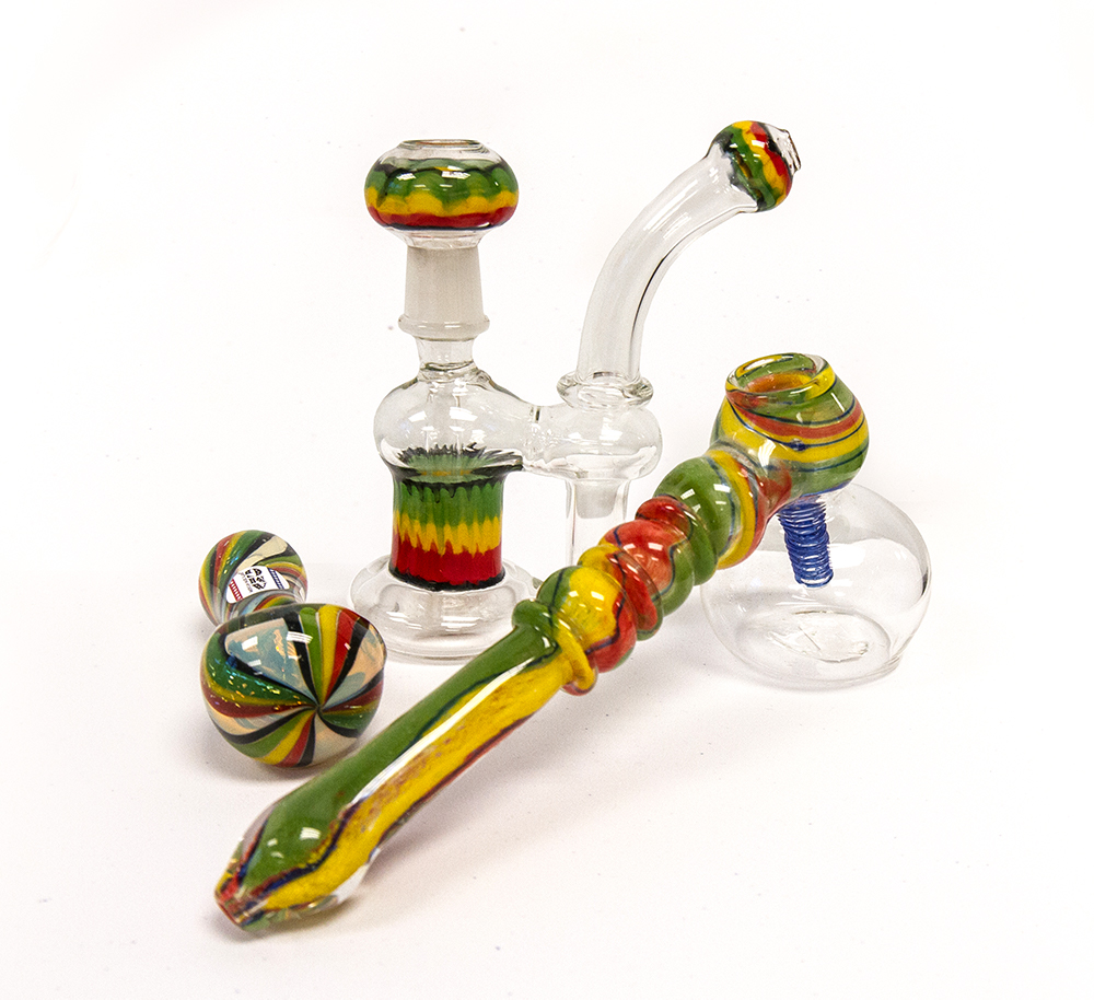 Glass Bongs & Pipes