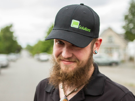 Budtender From 2020 Solutions Talks About the Industry, its Customers, and Serving his Favorite Band