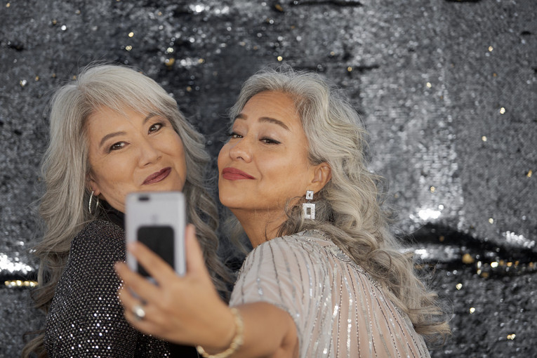 SILVER SISTERS DECEMBER 2019 SEQUINS (15
